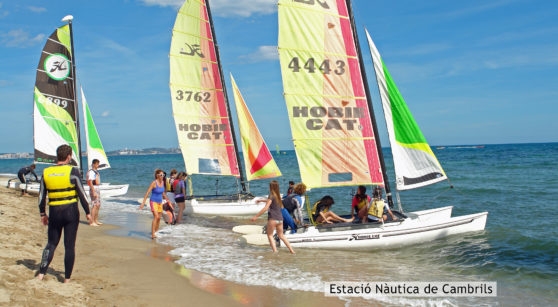 Sailing with the family in Cambrils